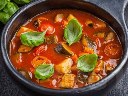 Зеленчукова супа от рататуй с тиквички и патладжани и сирене камамбер - снимка на рецептата
